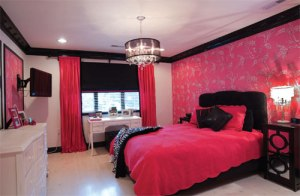 Black-and-Pink-Bedroom