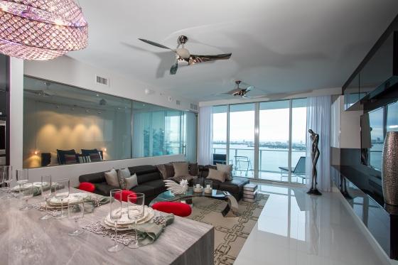 living room & kitchen 3